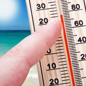 thermometer on the beach | Century 21 Action